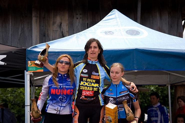 podium_fem_elite