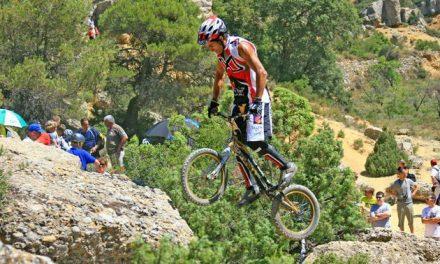 Los pilotos asturianos no tuvieron suerte en el Mundial de Biketrial