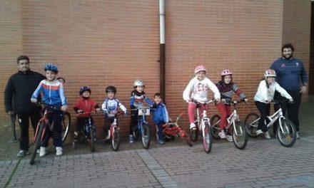 Las bicis a la escuela en Castrillón