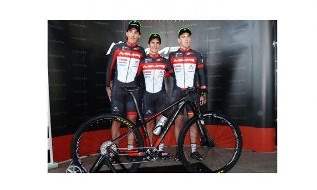 El MMR Bikes Pro Team se presenta en sociedad