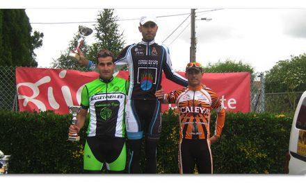 José Antonio Cavero se lleva el Trofeo Máster de Mareo