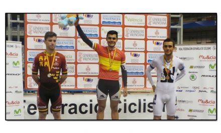 Dos oros y cinco bronces para los asturianos en el nacional de pista cadete-junior