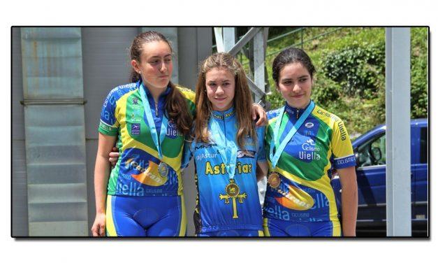 La Nueva impuso las medallas a los Campeones de Asturias de montaña C. R. I.