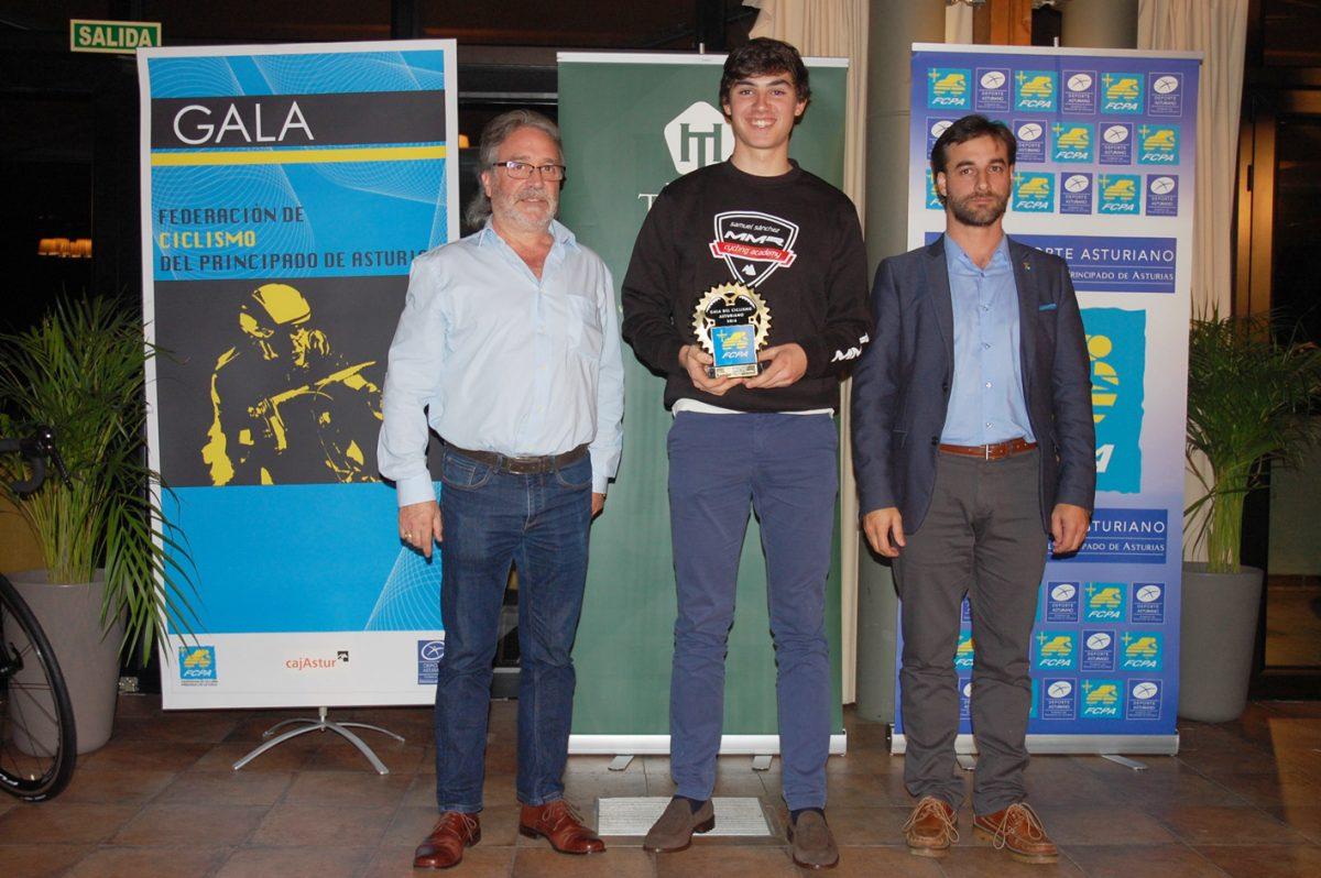 eduardo Peerez Landaluce_gala-ciclismo-asturiano-2016