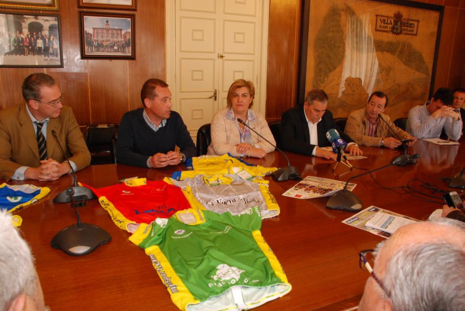 Presentación de la Challenge Montaña Central en el Ayuntamiento de Mieres