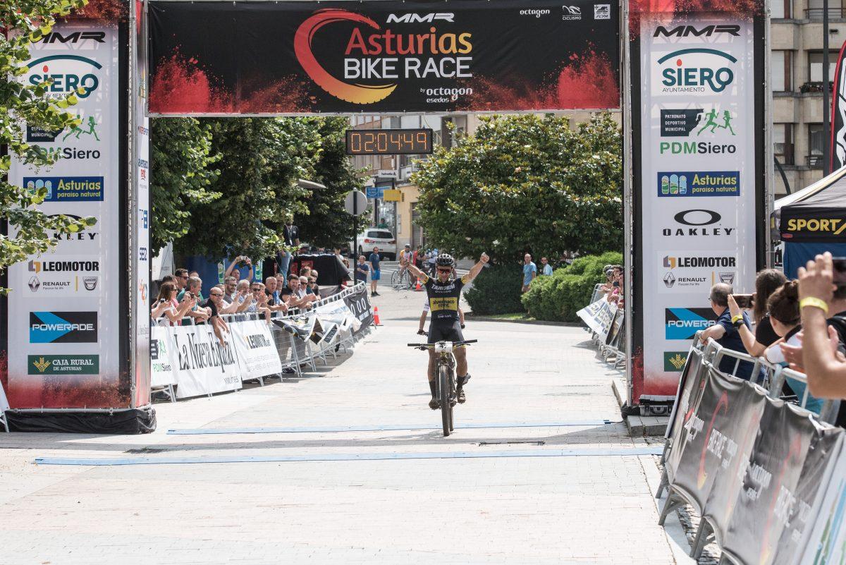 los-primeros-ganadores-de-mmr-asturias-bike-race_David Ovin, ganador 3a etapa