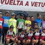 Anatoli Budiak se lleva la Vuelta a Vetusta