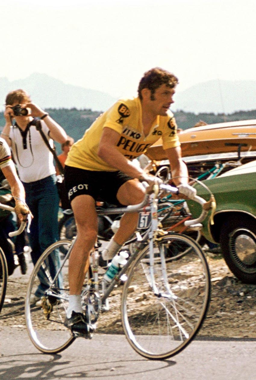la-asociacion-de-exciclistas-profesionales-del-principado-entregara-sus-galardones-el-proximo-viernes-9-de-noviembre-Maillot-Jaune